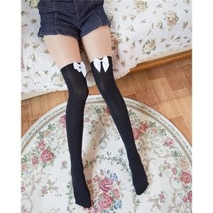 Accessories - Thigh High Ladies Stockings With Bows